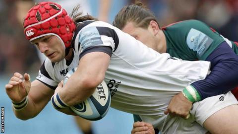 Bristol Bears' Harry Thacker in action