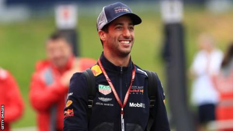 Daniel Ricciardo set to stay at Red Bull, says Christian Horner