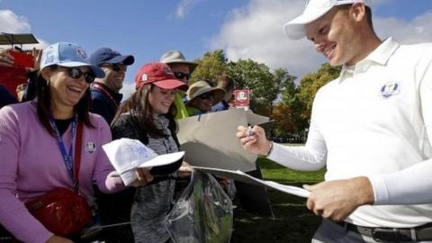 Danny Willett signing autographs