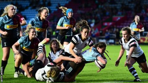 Lucy Packer scores for Harlequins