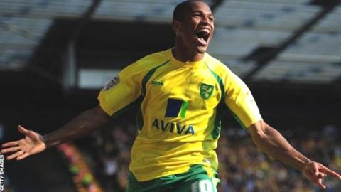 Simeon Jackson in action for Norwich City