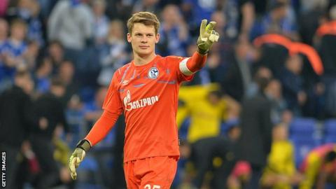Bayern complete signing of Schalke goalkeeper Nubel on free transfer