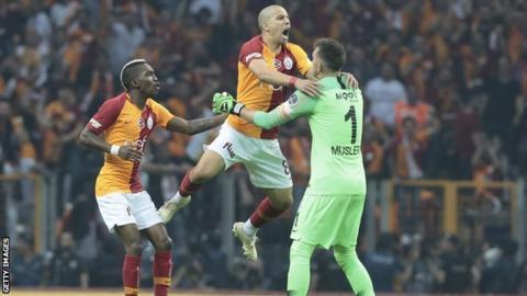 Nigeria striker Onyekuru thankful for Galatasaray double