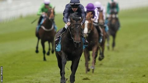 Jockey Donnacha O'Brien riding Sir Dragonet