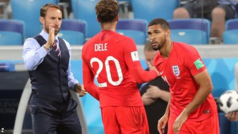 Southgate takes sting out of team sheet drama
