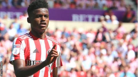 Bali Mumba in action for Sunderland