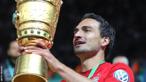 Hummels agrees to return to Dortmund from Bayern