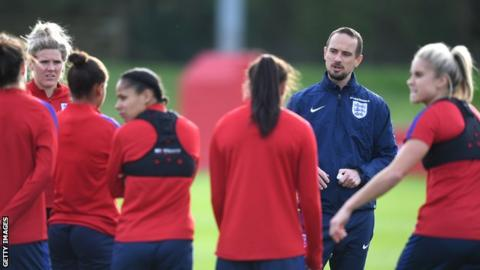 Mark Sampson oversees England women training