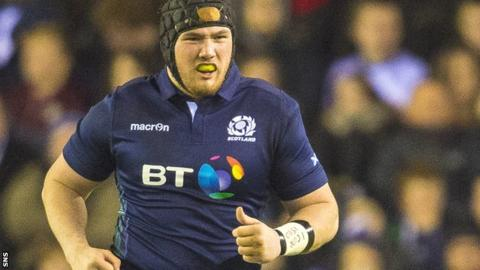 Zander Fagerson in action for Scotland against England in this year's Six Nations