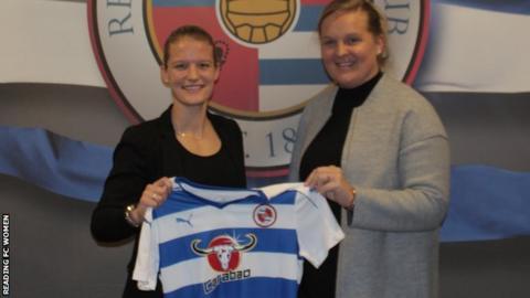 Mandy van den Berg joins Reading FC Women