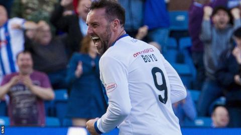 Kris Boyd celebrates with Kilmarnock