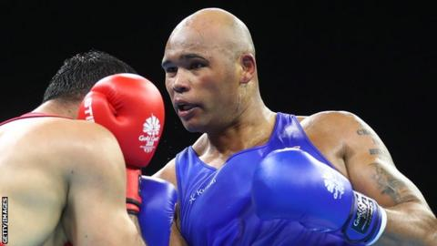 Frazer Clarke boxing at the Commonwealth Games