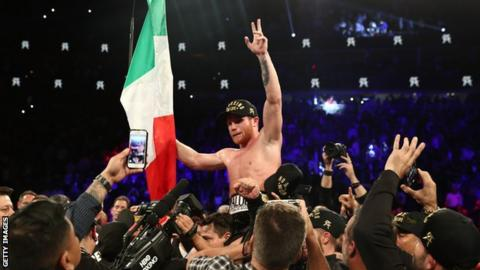Alvarez won the last round on two cards which proved key