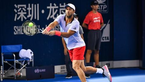 Andy Murray falls to Verdasco in China