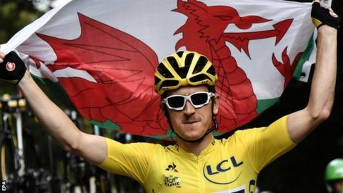 102746879 thomas epa - Tour de France: Geraint Thomas completes victory in Paris