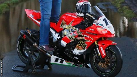 Mawhinney will ride a Kawasaki previously raced by Lincolnshire road competitor Gary Johnson