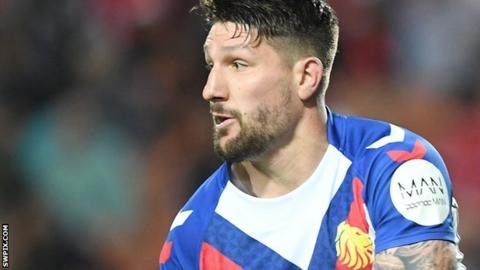 Gareth Widdop in action for Great Britain Lions