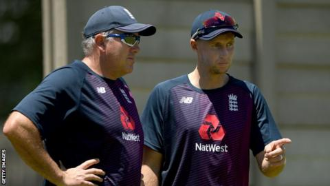 England ponder all-pace attack for first Test