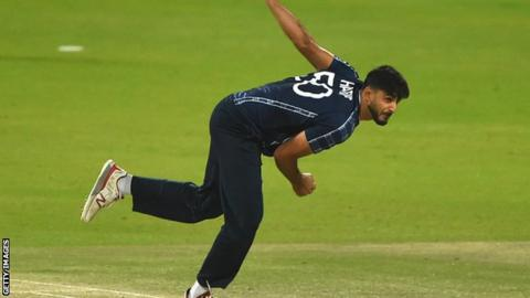 Scotland bowler Saafyan Sharif