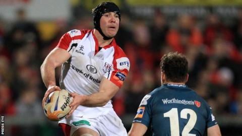 Stephen Ferris in action for Ulster against the Scarlets last year