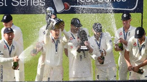 England celebrate the South Africa Test win at Old Trafford