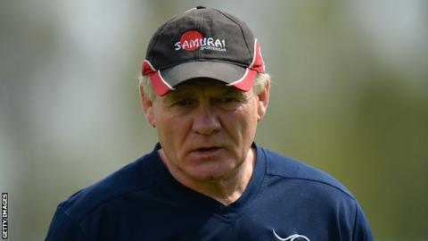 Clive Griffiths coaching Doncaster