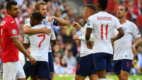 England 4-0 Bulgaria: Harry Kane scores hat-trick in Three Lions win