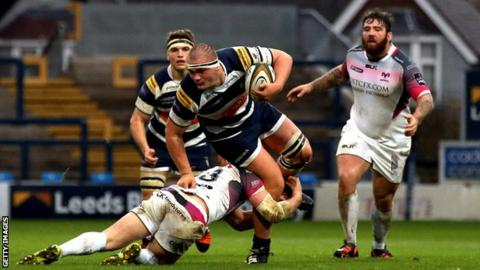 Charlie Capps playing for Yorkshire Carnegie