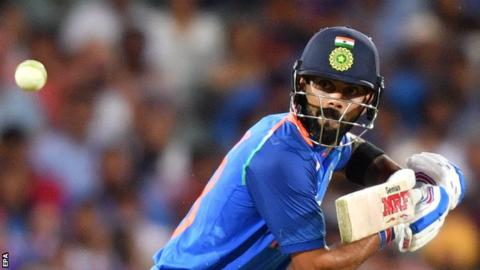 Kohli reacts to Dhoni masterclass as India beat Australia to level series