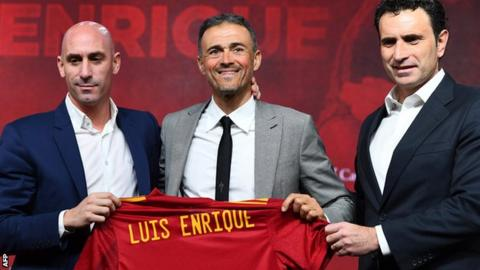 Robert Moreno unclear why returning Spain boss Luis Enrique excluded him
