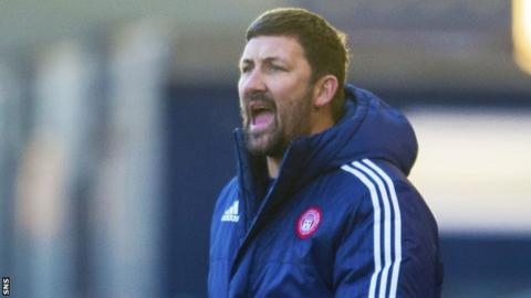 Hamilton boss Martin Canning urges his players on in their Scottish Cup win at Kilmarnock