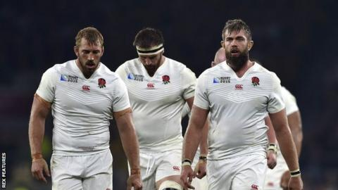 England players after defeat by Australia