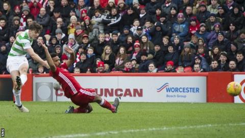 Kieran Tierney slams home Celtic's second goal
