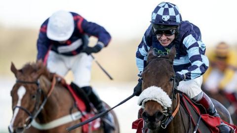 Champion jockey Johnson suffers suspected broken arm
