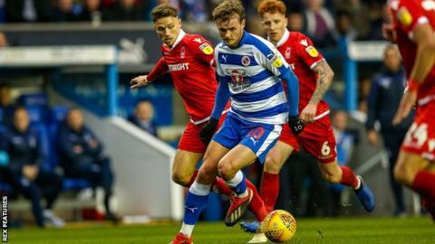 John Swift in action for Reading against Nottingham Forest