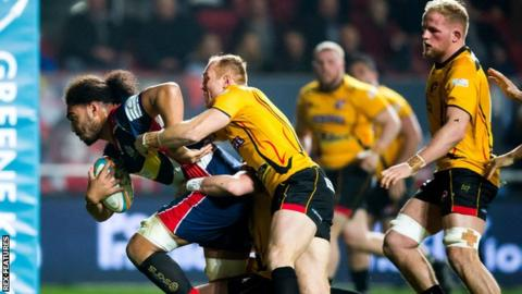 Bristol score a try against Cornish Pirates