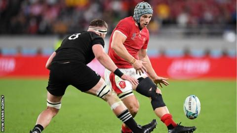 Jonathan Davies played with a heavily-strapped left leg as Wales lost the 2019 World Cup bronze medal game against New Zealand