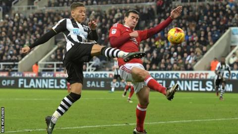 Image result for Newcastle United vs Nottingham Forest live pic