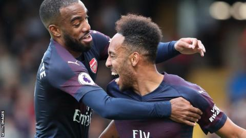 Aubameyang, Ozil star as Arsenal make it flawless  10
