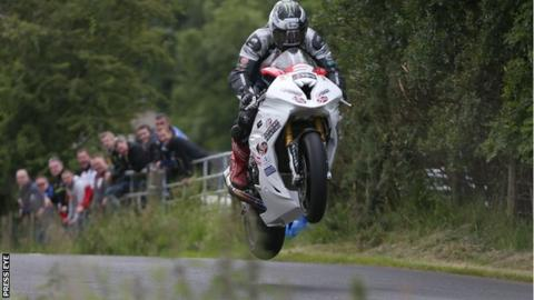 Michael Dunlop takes to one wheel at the Armoy meeting