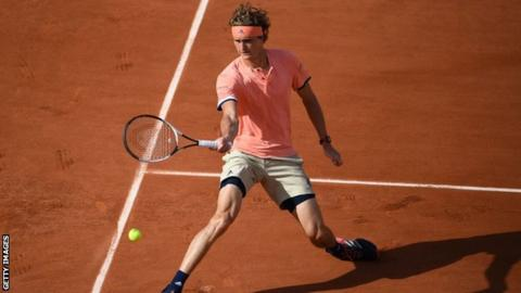 French Open 2018: Alexander Zverev cruises into second round