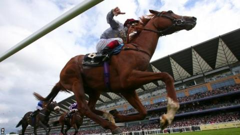 Frankie Dettori wins on Galileo Gold