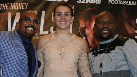 Marshall was presented to the media by Floyd Mayweather (right) and Leonard Ellerbe of Mayweather Promotions