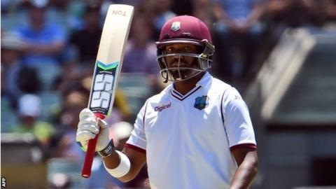 Darren Bravo brings up his half-century
