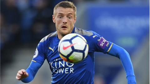 Leicester's Jamie Vardy races after the ball