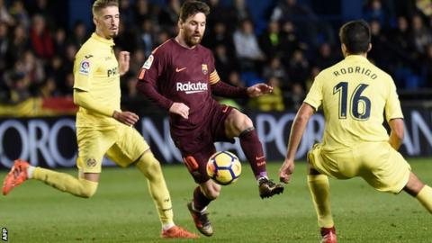 Messi, Suarez Power Barca past 10-man Villarreal