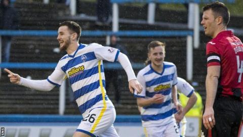 Morton's Jack Iredale celebrates