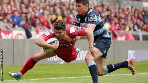 Wales and Scarlets wing Harry Robinson