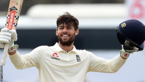 Ben Foakes celebrates scoring his maiden Test century for England