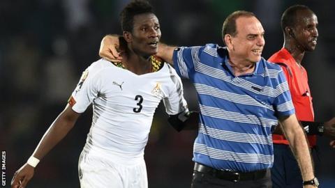 Ghana striker Asamoah Gyan and coach Avram Grant